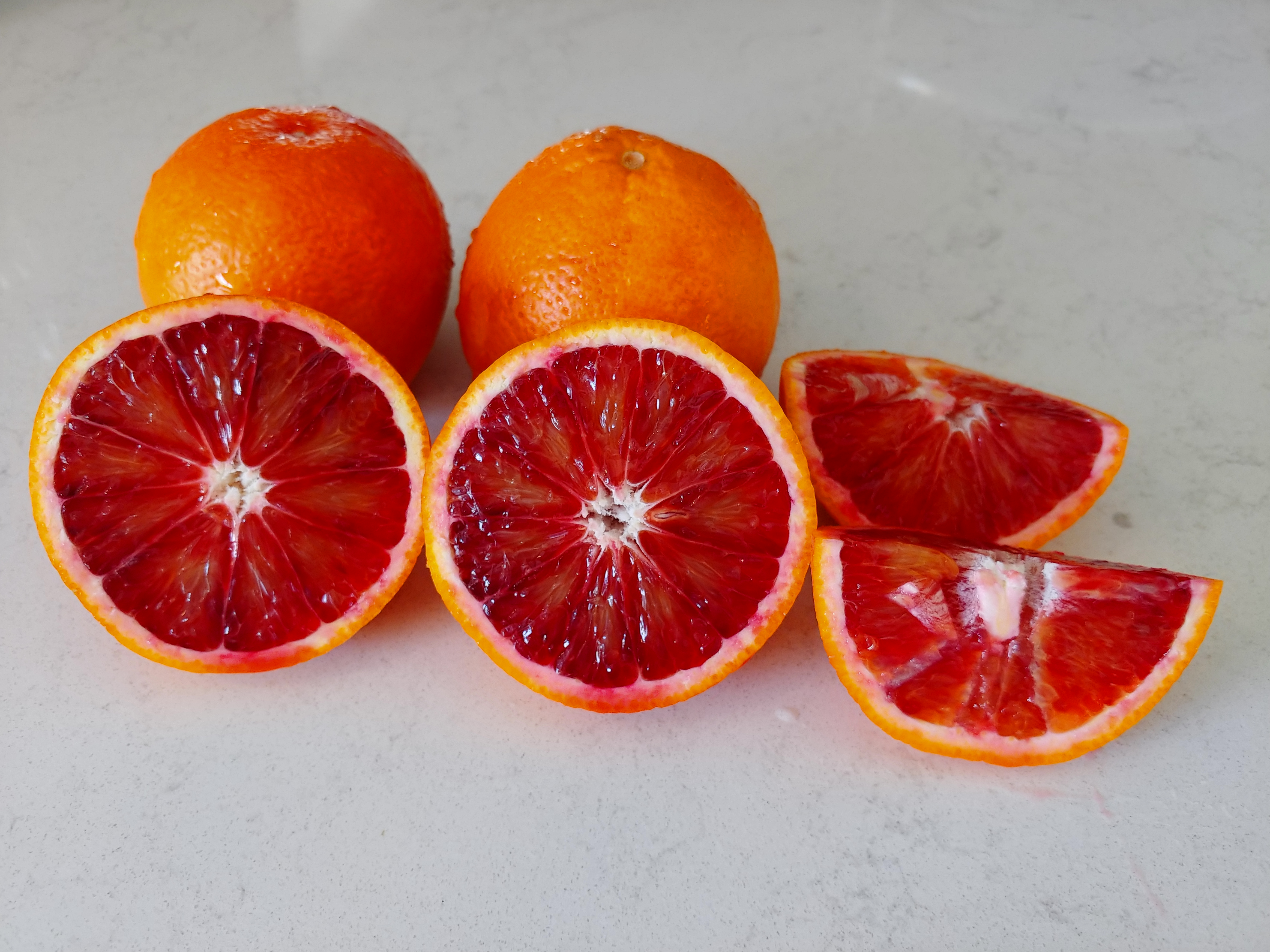Blood orange rounds and slices